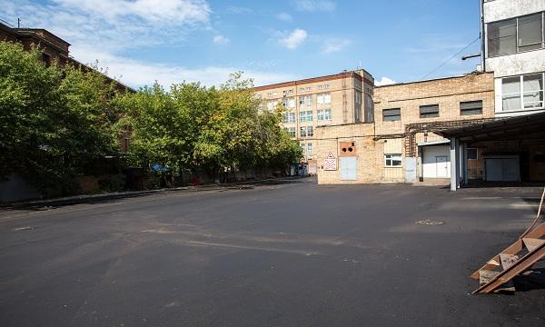 asfaltirovanie_garazhej_i_territorij