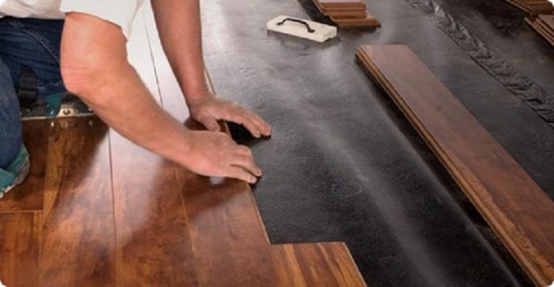 укладки ламината на деревянный пол